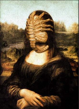 Mona Lisa vs Alien