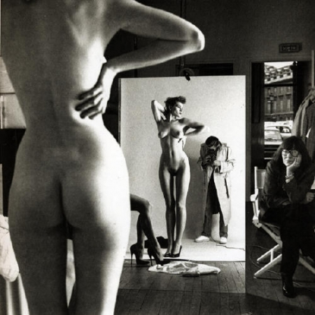 newton-self-portrait-with-wife-and-models(1981).jpg