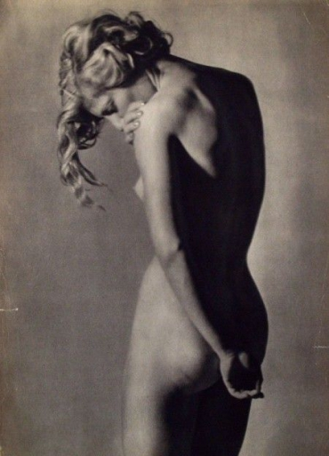 photos,photographies nus féminins man ray
